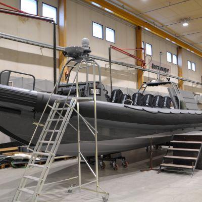 Rib-båt hos Boomranger-boat