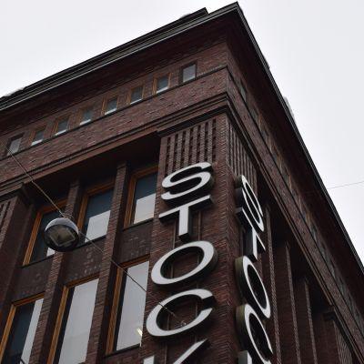 Stockmanns varuhus i centrum av Helsingfors