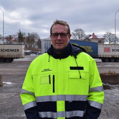 Matti Esko, vd på Hangö Stevedoring