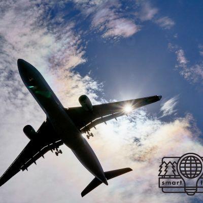 bil på flygplan