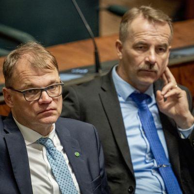 Juha Sipilä ja Arto Pirttilahti eduskunnassa 12.9.2019
