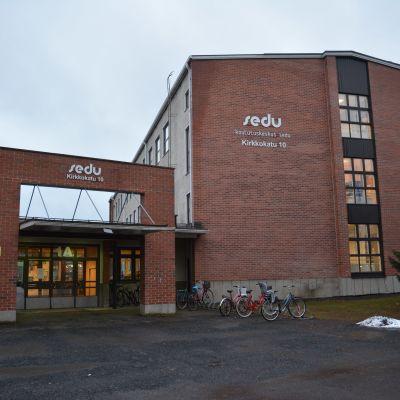 Seinäjoen koulutuskuntayhtymä SEDU:n Kirkkokadun toimitilat.