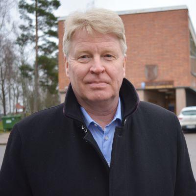 Vehmaan kunnanjohtaja Ari Koskinen.