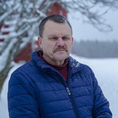 Kirkkovaltuuston puheenjohtaja Mauno Heikkinen