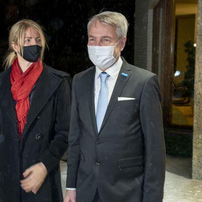 Viron ulkoasiainministeri Eva-Maria Liimets tapasi Suomen ulkoasiainministerin Pekka Haaviston Helsingissä