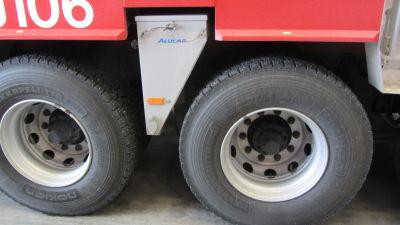 Skylift med sandningsautomat