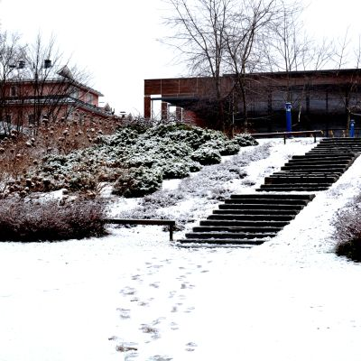 Vintrig vy över Borgå stadsbibliotek