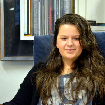 Amina Elezovic i Malax vill hjälpa dem som drabbats av översvämningarna i Bosnien