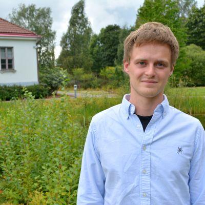 Matias Andersson studerar utvecklingsgeografi vid Helsingfors universitet.