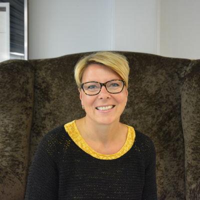 Hanna Nyholm, försäljningssekreterare på Expo Österbotten.