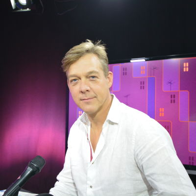Riko Eklund är bisittare i Eftersnack,
