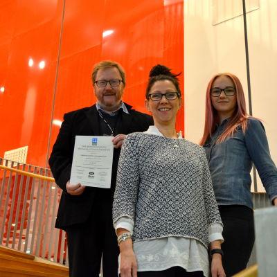 Alf-Martin Haagensen, Carola West och Julia Söderlund.