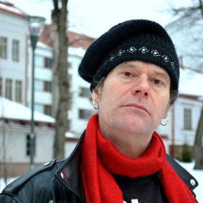 Saliven Gustavsson.