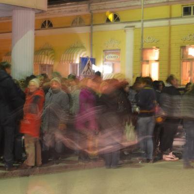 Det var fullt med folk i Terazzo hörnet klockan 20 onsdag kväll