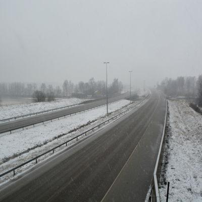 Borgå motorväg sedd från Finnby bro.