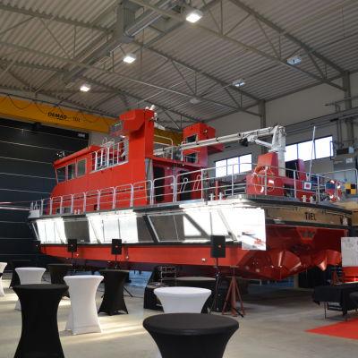 Brandskyddsbåt såld till Holland
