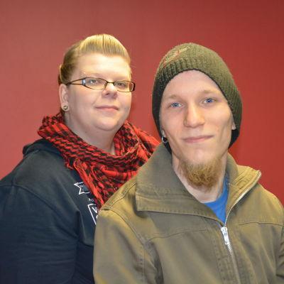 Uppsökande ungdomsarbetare Jonna Farin och Magnus Böckerman i Sjundeå.