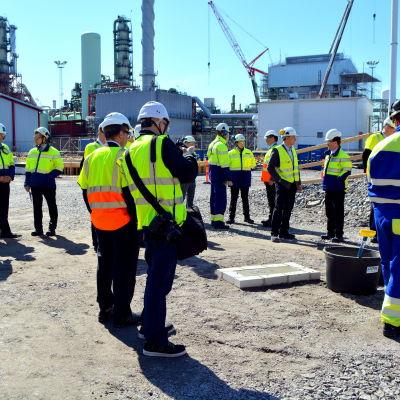 Grundstenen till AGA:s vätgasanläggning muras i Sköldvik.