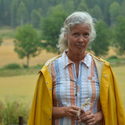 Cecilia Bruncrona är jordbrukare i Pojo.