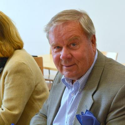 Fullmäktigeledamot Kari Hagfors (Saml) i Lovisa