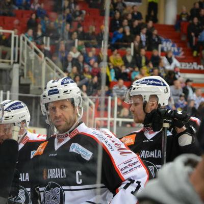 Dave Spina och Tomi Kallio smider planer.
