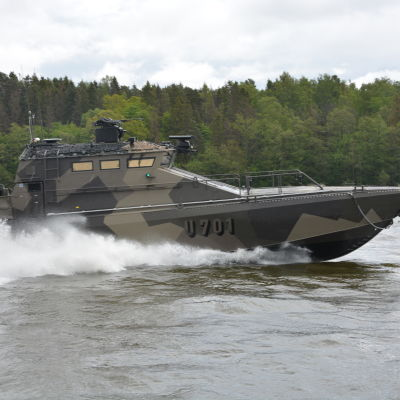 "Finländska marinens U-700 ""JEHU"" (Watercat M18 AMC)"