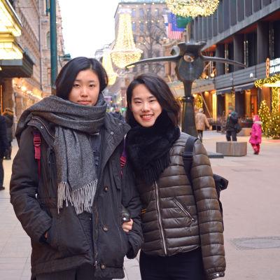 Sheng Xiu och Liyang Zhang studerar design i Peking i Kina.
