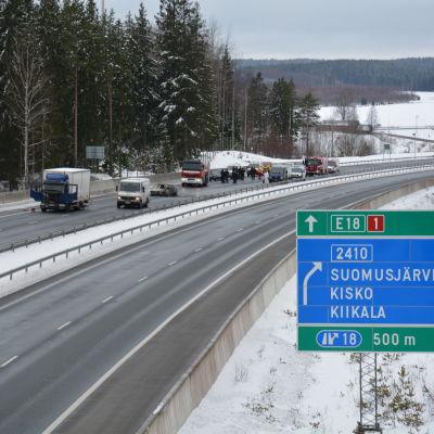 Värdetransportrån på motorvägen i Salo.