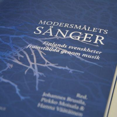 Modersmålets sånger. Ny forskning i finlandssvenskt musikliv