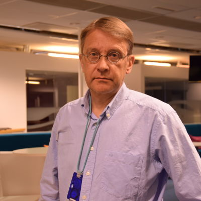 Yle journalisten Tom Kankkonen.
