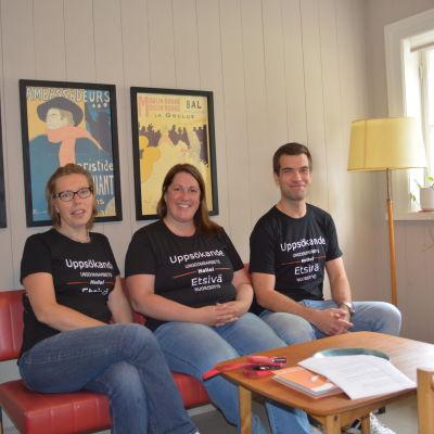Åsa Lund, Sari Kalliosaari och Måns Aldén jobbar med uppsökande ungdomsarbete