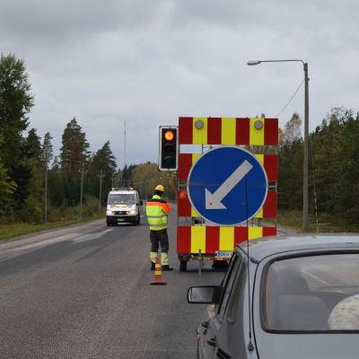 Trafikljus vid vägarbete i Horsbäck.
