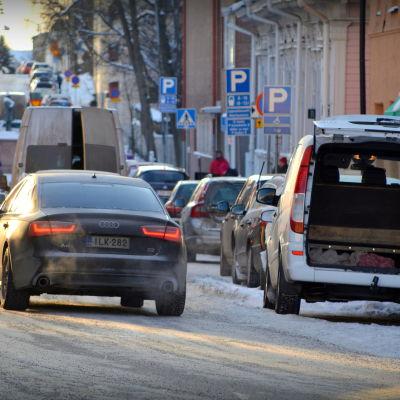 Bilar i kylan