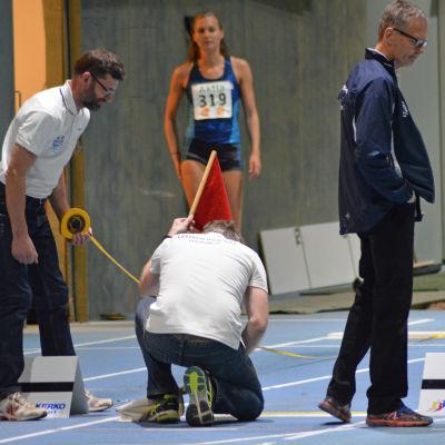 Sanna Nygård får röd flagga vid Botniagames i Korsholm 2017.