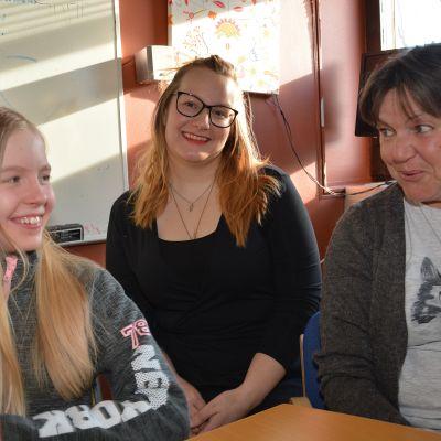 Tre generationer diskuterar jämställdhet