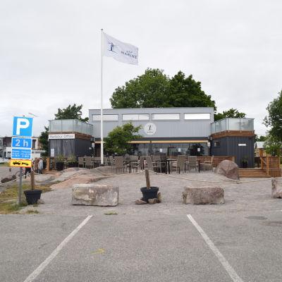 Hamnkontoret i Östra hamnen i Hangö.