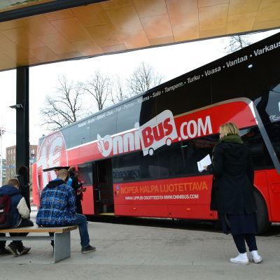 Bussar på stationen i Vasa.