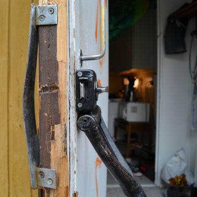 mörskomgatan 10 i lovisa - ett hyreshus för missbrukare