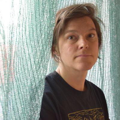 Konstnär Freja Bäckman