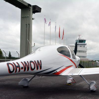 OH-WOW på Malms flygplats 19.7.2017