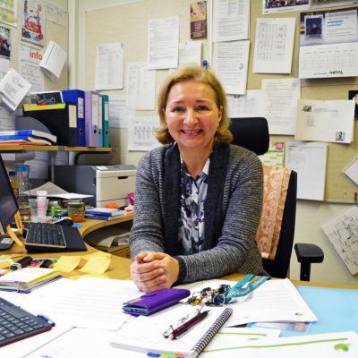 Rektor Elena Savolainen är finlands enda invandrarrektor.