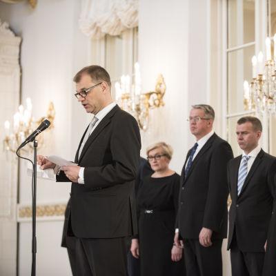 Juha Sipilän uusi hallitus 29. toukokuuta 2015.