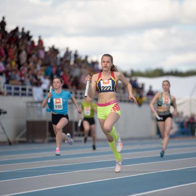 Löpare på stafettkarnevalen 2017