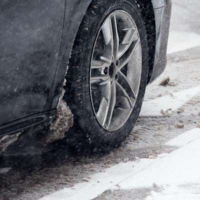 auton rengas lumisade loskakeli liukas keli
