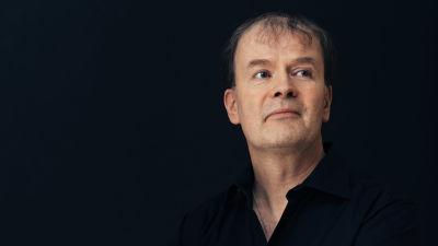 Författaren Mårten Westö.