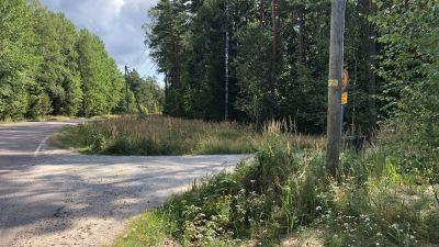 Avtaget till Vedagrundsvägen.