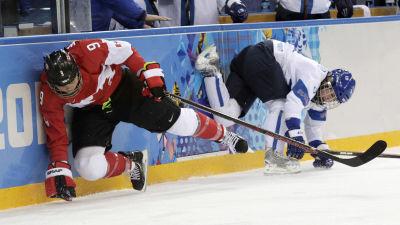 Naisleijonat pelaa Kanadaa vastaan