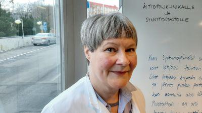 Profilbild på Eeva Ekholm.