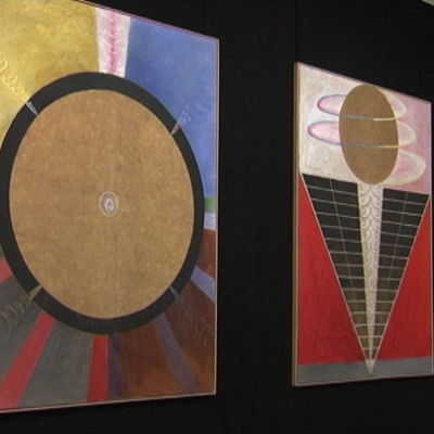 Tre stora målningar med avsikt att belysa vem vi är