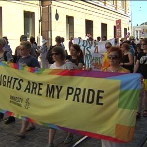 Paraden inleddes vid Senatstorget